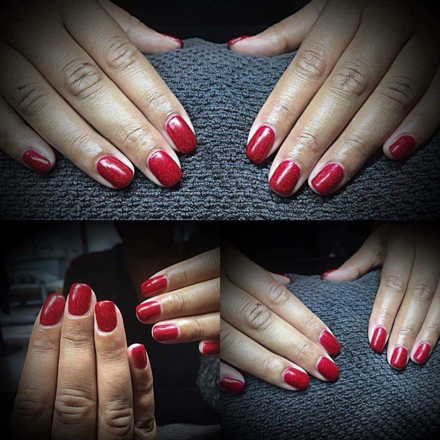røde shellac negle